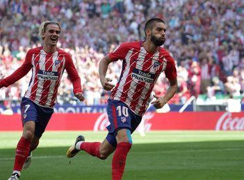 Carrasco apunta al once contra el Barcelona