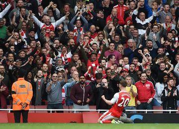 El Arsenal pierde a Mustafi durante un mes por lesión