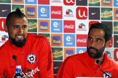 """Acusan a Bravo de """"traición"""" y Vidal afirma que con trabajo calla a los críticos"""