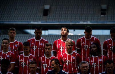 El Bayern confirma lesión leve en el hombro derecho de Javi Martínez