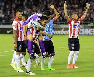 Junior vence y se encarama en el liderato de la liga colombiana