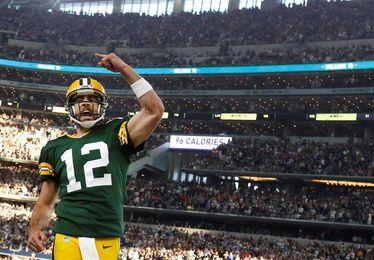 Aaron Rodgers tendrá que pasar por el quirófano y los Packers pierden a su líder