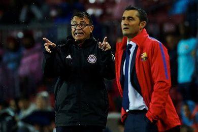 """Bartomeu: """"Valverde esta enamorando a los socios"""""""
