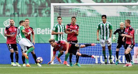 El Alavés consiguió en el Villamarín su mayor goleada de la pasada temporada