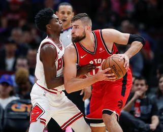 117-101. Valanciunas aporta doble-doble y los Raptors dominan a los Bulls