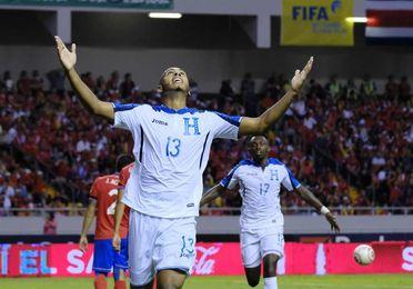 Honduras pierde para la repesca contra Australia al delantero Eddie Hernández