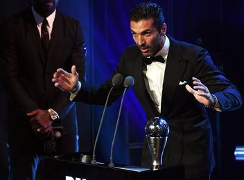 La FIFA galardona a Buffon con el premio ´The Best´ al mejor portero