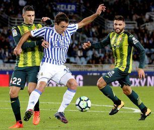 Mikel Oyarzabal celebra dos años desde su debut en su mejor momento