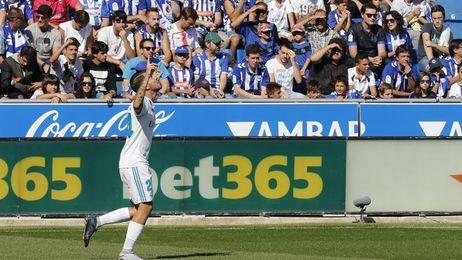 """El traspaso de Ceballos reduce """"casi a cero"""" la deuda concursal del Betis"""