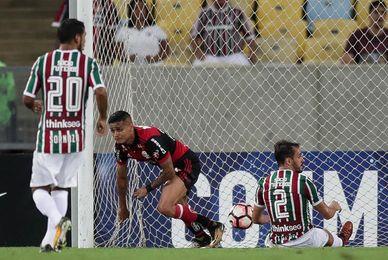 0-1. El Flamengo se impone en el ´Fla-Flu´ y se acerca a las semifinales