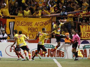 El Herediano sigue intratable en el torneo de fútbol de Costa Rica