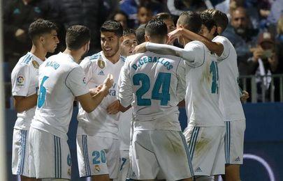 Dos penaltis dan el triunfo al Real Madrid y Las Palmas sentencia al Deportivo