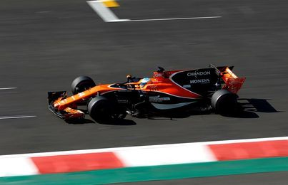 Alonso y Vandoorne, eliminados en segunda ronda (Q2) de la calificación
