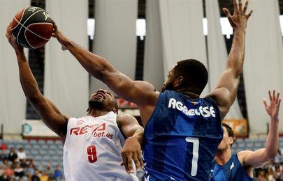 87-91. El Bilbao Basket se lleva un triunfo con susto ante el Gipuzkoa