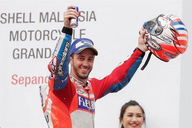 Dovizioso, Lorenzo y las órdenes de equipo dejan a Márquez sin el título