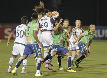 Santa Tecla y FAS mantienen contienda por el segundo lugar del fútbol en El Salvador