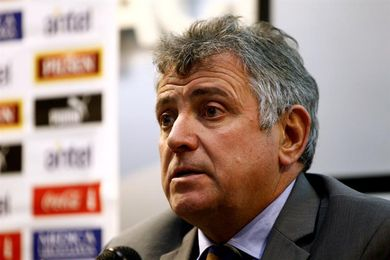 Los futbolistas uruguayos levantan la huelga y retomarán el Torneo Clausura