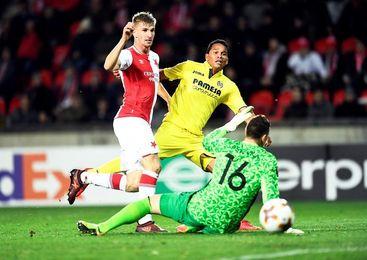 0-2. El Villarreal sale como líder de Praga