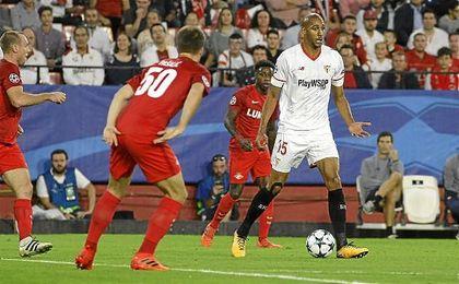 El doble pivote Pizarro-N´Zonzi tuvo continuidad ante el Spartak.