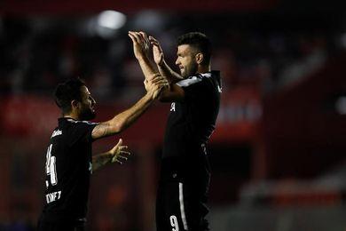 Independiente y Libertad tienen historia; Flamengo y Junior la escriben