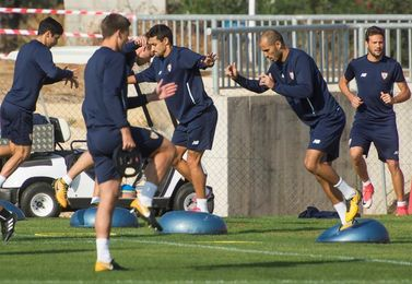 El Sevilla arranca dos semanas de trabajo por el parón sin 4 internacionales