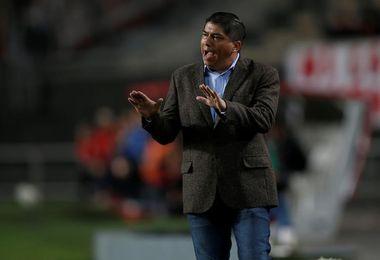 Torres deja Nacional tras la eliminación en la Sudamericana y la goleada en el Clausura