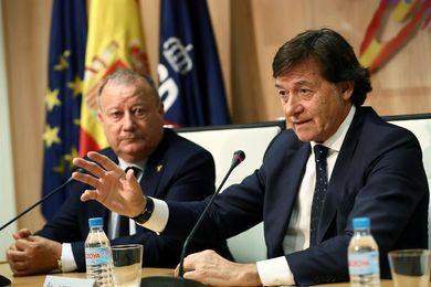 """Lete habla de """"ilusión óptica"""" al ser preguntado por la polémica camiseta España"""