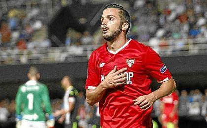 Pablo Sarabia celebra un gol en el partido ante el Cartagena.