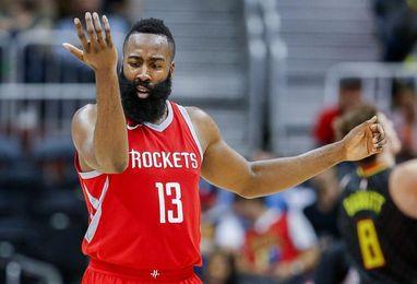 117-113. Triple doble de Harden y puntos decisivos de Capella le dan el triunfo a los Rockets sobre los Cavaliers