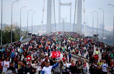El francés Kiprotich y la keniana Chepngetich gana el maratón de Estambul