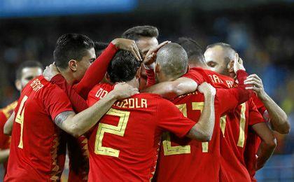 España le toma el pulso a Rusia en un duelo contra la anfitriona del Mundial