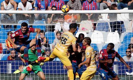 El Girona se entrena con seis bajas