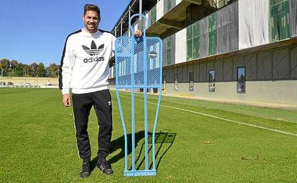 Javi García posa para ESTADIO Deportivo durante su entrevista.