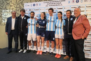 """Cadenas: """"Tuve que adaptar mi método de trabajo a la selección argentina"""""""