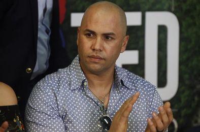 Carlos Beltrán llega a Puerto Rico para ayudar a damnificados del huracán María