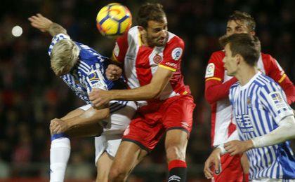 1-1. El Girona y la Real empatan en un partido lleno de alternativas