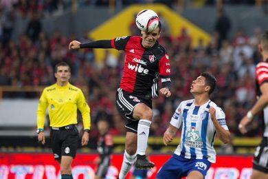 1-1. El uruguayo Herrera rescata empate para Pachuca en casa del Atlas