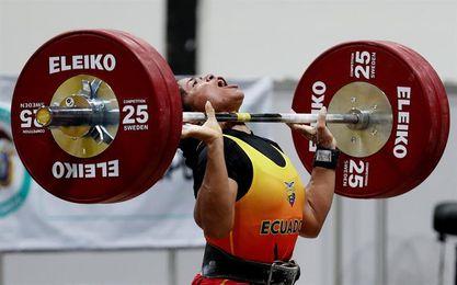 La ecuatoriana Escobar se queda con las preseas doradas en los 58 kilos