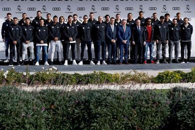 Los jugadores del Real Madrid reciben sus nuevos coches Audi