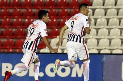 Libertad apela a juveniles y suplentes en la Liga y se reserva para la Sudamericana