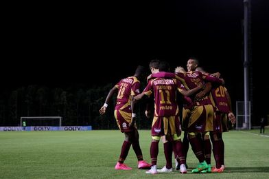 Tolima derrota 1-0 a Nacional en el partido de ida de esta llave de cuartos de final del fútbol en Colombia