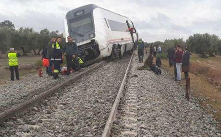 Al menos 21 heridos tras descarrilar el tren Málaga-Sevilla por las fuertes lluvias
