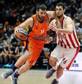 64-72. Un serio Olympiacos mantiene al Valencia en la espiral perdedora