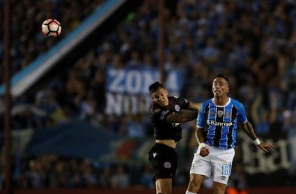 """Barrios dice que es """"una alegría enorme"""" ganar la Libertadores con Gremio"""