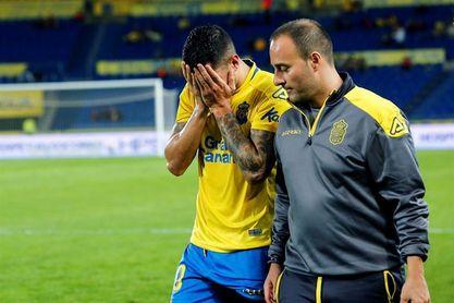 Vitolo se retiró lesionado y llorando