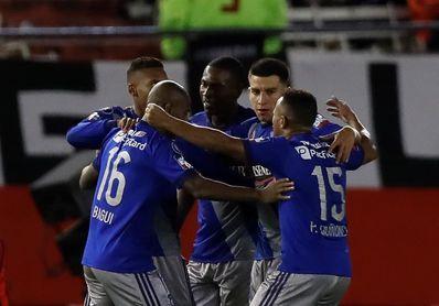 Una victoria separa al Emelec de la final del campeonato ecuatoriano