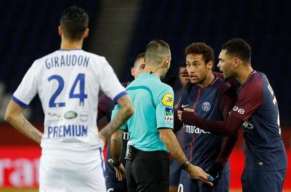 El Estrasburgo provoca la primera derrota del París Saint Germain