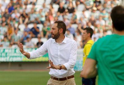 El Girona quiere seguir mirando arriba y el Alavés se engancha a Abelardo