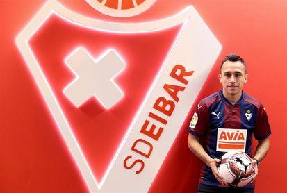 """Fabián Orellana: """"Me gusta la seriedad del Eibar"""""""