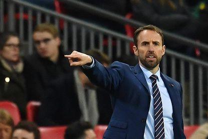 Southgate seguirá como entrenador incluso si Inglaterra fracasa en Rusia 2018
